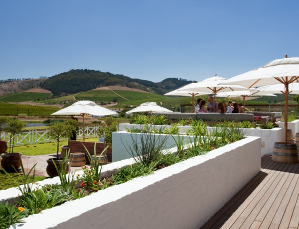 Mulderbosch_tasting_deck_with_panoramic_views